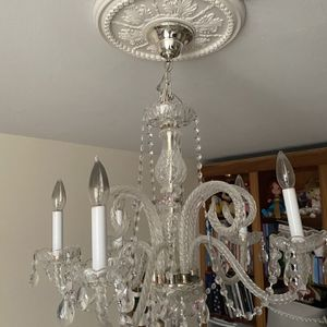 Chandelier with heart details for Sale in Miami, FL