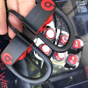 Powerbeats 3 wireless Bluetooth in ear headphones 💯 original beats used like new defiant Red for Sale in Rosemead, CA