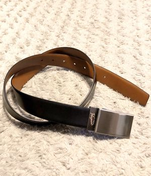 Mens Original Penguin belt paid $42 size 36 great condition! Black & brown reversible belt super cool can be dressed up or down. for Sale in Washington, DC