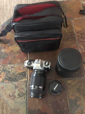 Nikon Camera and 2 lenses for Sale in Pompano Beach, FL