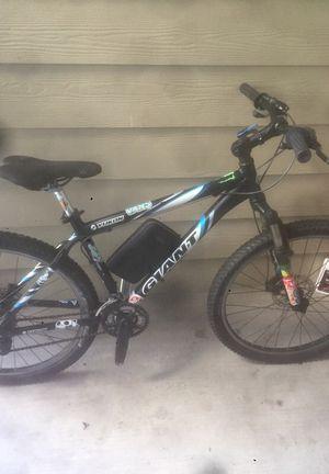 Giant Bike for Sale in Houston, TX