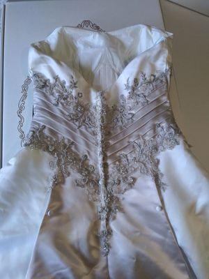 Wedding Dress for Sale in Cypress Gardens, FL