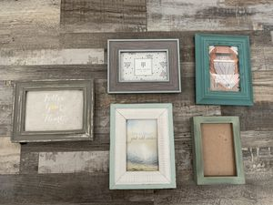 Set of Frames 4x6 inches for Sale in Vernon, CA