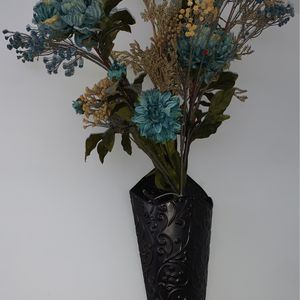 Wall Vase With Artificial Flowers for Sale in Orland Park, IL