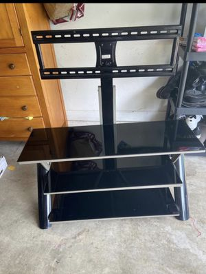Tv stand with mount for Sale in Ocoee, FL