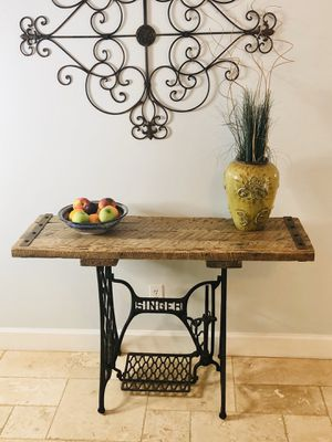 Antique Singer sewing machine base with barn wood top entry table. for Sale in Palm City, FL