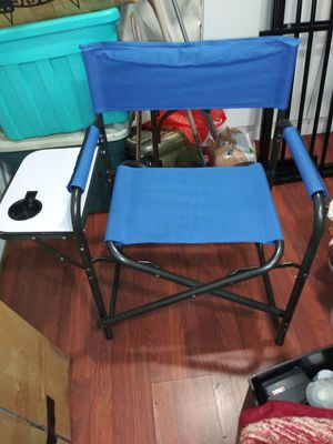 Folding chair with side mini table for Sale in Los Angeles, CA