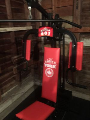 York home workout machine. for Sale in Sapulpa, OK