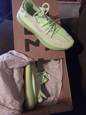 Yeezy boost 350 v2 glow for Sale in Bakersfield, CA