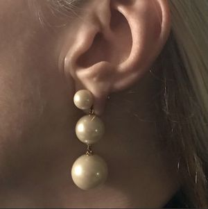 Kate Spade New York RARE Bridal Pearl Drop Earring for Sale in Irvine, CA