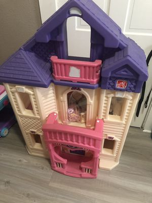 Little tykes step 2 doll house for Sale in Boonville, IN