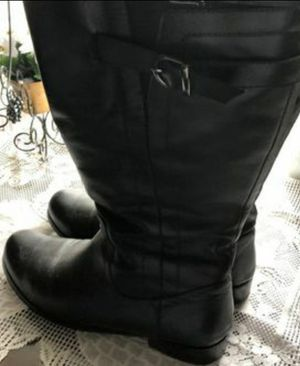 WOMAN'S LEATHER BOOTS 9.5W for Sale in Garner, NC