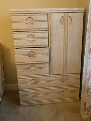 Chest for Sale in Kissimmee, FL