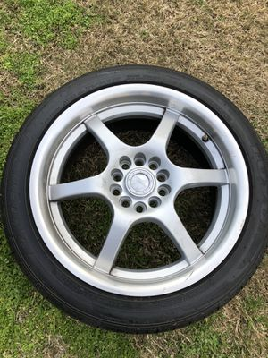 ONE RIM ONLY** 17 inch universal rim with Toyo low pro tire 215/45/17 for Sale in Fresno, CA