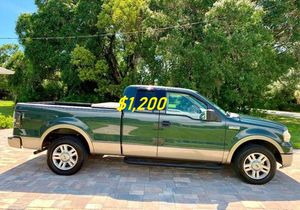 🎁$1,2OO URGENT i selling 2004 Ford F-150 Lariat 4dr truck Runs and drives great beautiful🎁 for Sale in Warren, MI