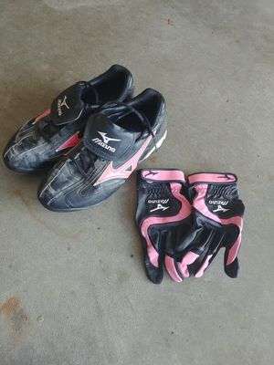 Girls / Womens Softball Gear for Sale in Ruston, WA