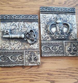 Irish key and crown plaques for Sale in Woodstock, IL