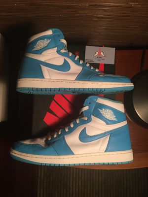 Jordan 1 Retro High UNC (2015) - Sz 11.5 - Lightly worn og all for Sale in Mount Olive Township, NJ