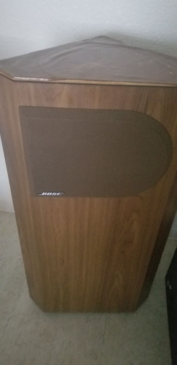 Bose speakers both for 50$