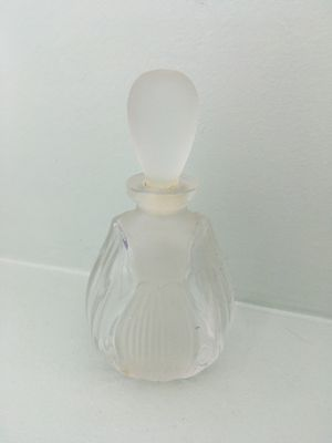 Perfume Bottle for Sale in Chicago, IL
