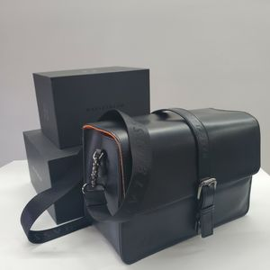 Leather Camera Bag For X1D II & GRIP for Sale in Vernon, CA
