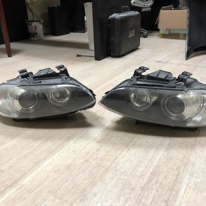 2009 328i Convertible Headlight for Sale in Anaheim, CA