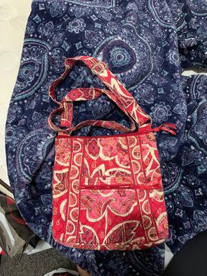 Vera Bradley Messenger Bag for Sale in Grand Prairie, TX