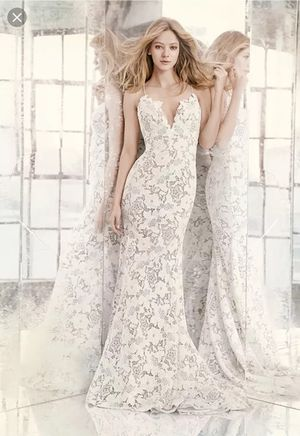 NEW Wedding Dress - Hayley Paige Cali NEVER WORN!! Designer Low Back Lace Wedding Dress for Sale in San Diego, CA