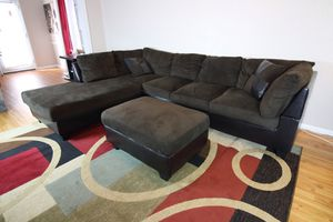 Espresso Sectional Couch w/ Ottoman for Sale in Houston, TX