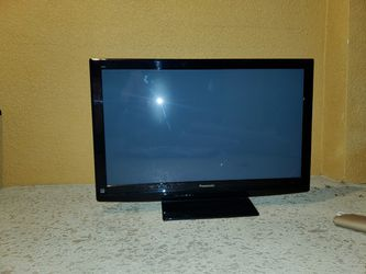 "Panasonic TV 48"" Pick UP for Free for Sale in Kissimmee,  FL"
