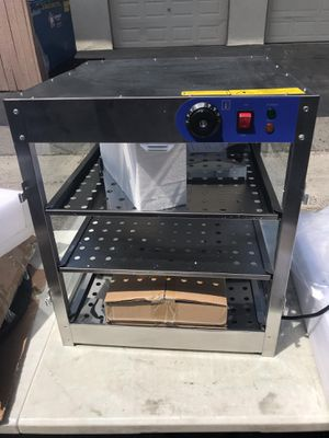 2019 electric food warmer display 3 tier for $90 for Sale in Fullerton, CA