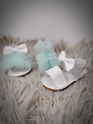 Sandals/Shoes Ruffles For $1-See how👇 for Sale in Fresno, CA