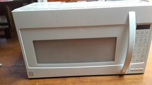 Kenmore, lager over stove microwave for Sale in Saint Cloud, FL