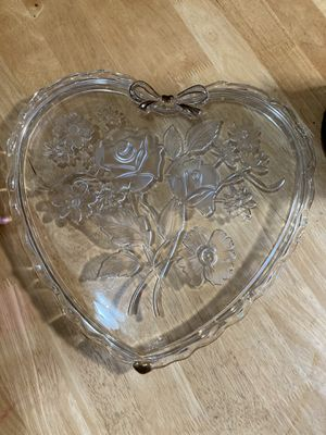 Mid sized beautiful crystal gold trim vanity tray for perfume or jewelry for Sale in Lewisville, TX