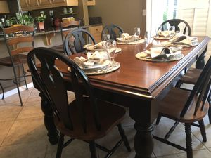 8 piece Kitchen Table Set for Sale in Fontana, CA