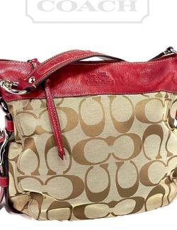 Coach Classic Zoe Large Signature Hobo Bag Purse (Like New) for Sale in Mountlake Terrace,  WA