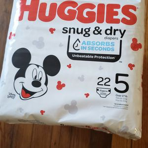 3 PACKAGES DIAPERS HUGGIES SNUG & DRY SIZE 5 for Sale in Washington, DC