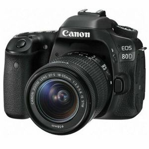 New Generation 24 Mp Canon EOS 80D Camera Like New for Sale in Fresno, CA