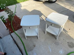 Free night tables for Sale in Riverview, FL