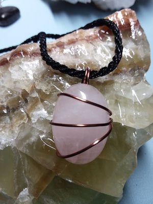BRAND NEW, Beautiful Real Rose Quartz and Copper Necklace. Nickle and Lead Free. The Crystal of Unconditional Love 💜. for Sale in Rancho Cucamonga, CA