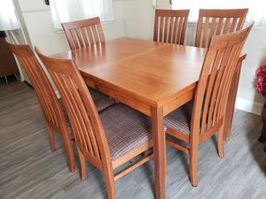 Extendable Dining Table & 6 Chairs for Sale in Irvine, CA