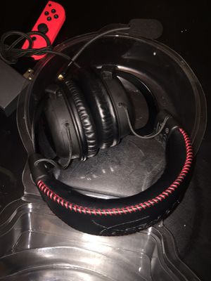 Hyper x premium gaming headset pc/ and consoles for Sale in Dallas, TX