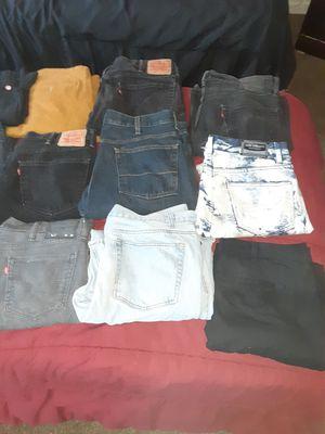 Mens pants levis, dickies [etc] for Sale in Antioch, CA