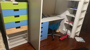 Drawer dresser for Sale in Queens, NY