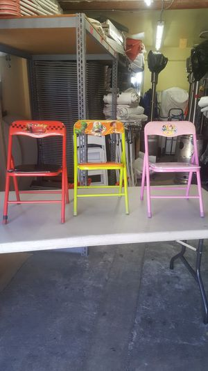 KID'S FOLDING CHAIRS for Sale in Los Angeles, CA