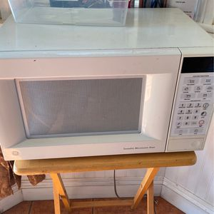 Microwave for Sale in Arvin, CA