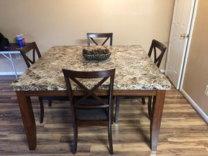 Kitchen Table w/ chairs for Sale in Arlington, VA