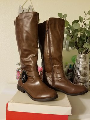 New. Boot women size 9 for Sale in Manteca, CA