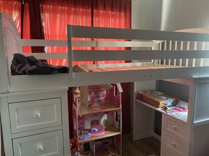 Twin bed bunk with draws and desk for Sale in Pompano Beach, FL