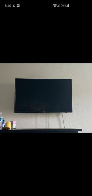 "LG 43"" 4k smart tv with mount for Sale in Katy, TX"